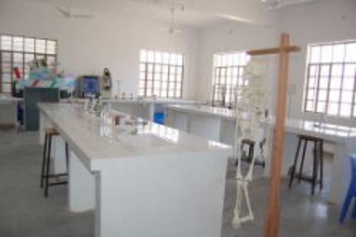 Deeksha International School-Lab