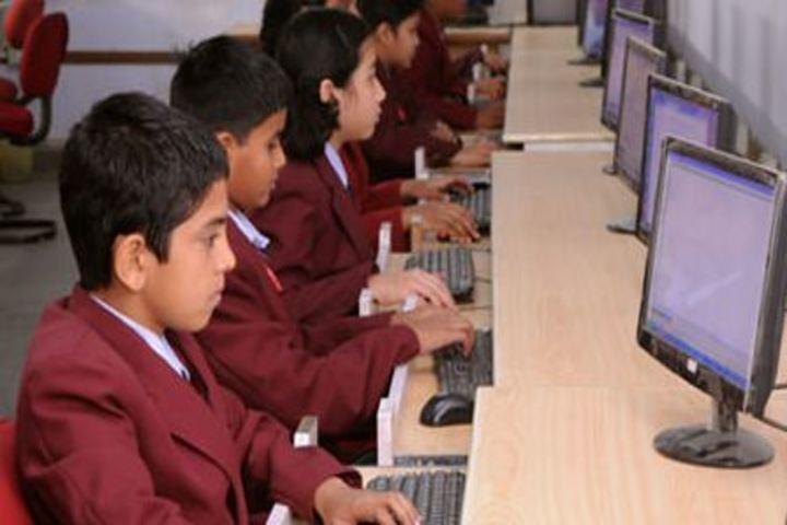 Defence Public School-Computer Lab
