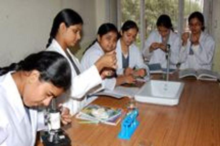 Divine Public Bchool-Biology Lab