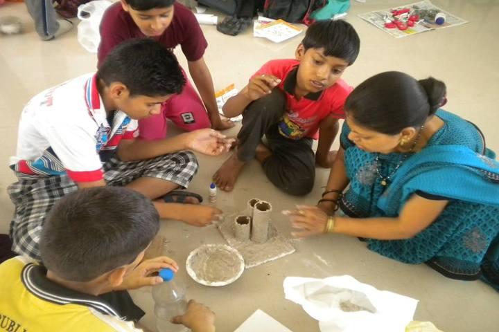 Doon Public School-Art And Craft