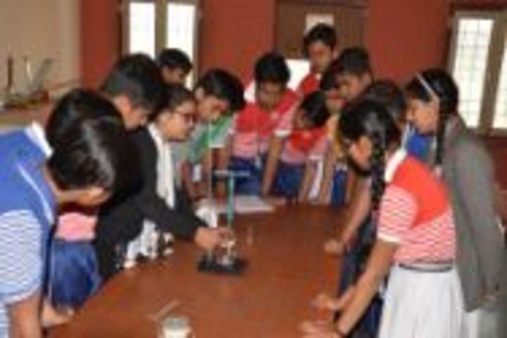 Dr K N Modi Global School-Physics Lab