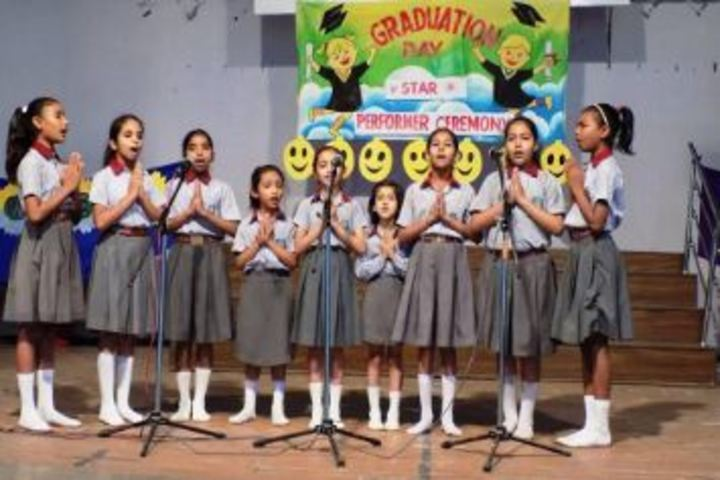 Dr Bansi Dhar School-Graduation Ceremonyu