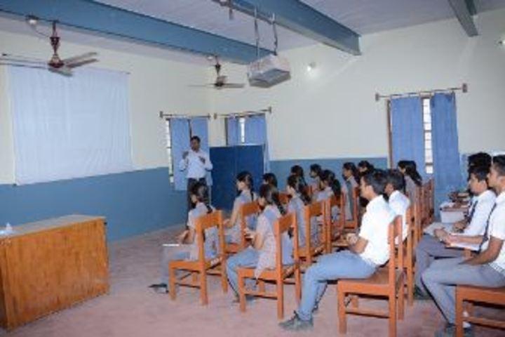Dundlod Vidyapeeth-Class Room