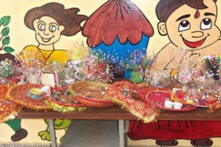 Dungarpur Public School-Art and Craft