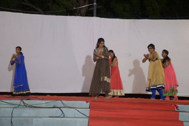 The Fabindia School-Dance
