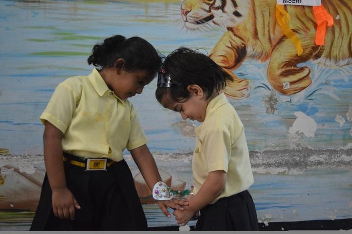 Fateh Public School-Art and craft