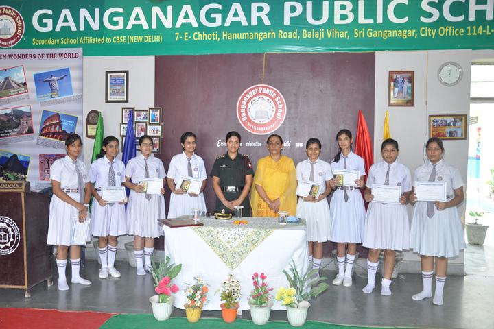 Ganganagar Public School-Prize distribution
