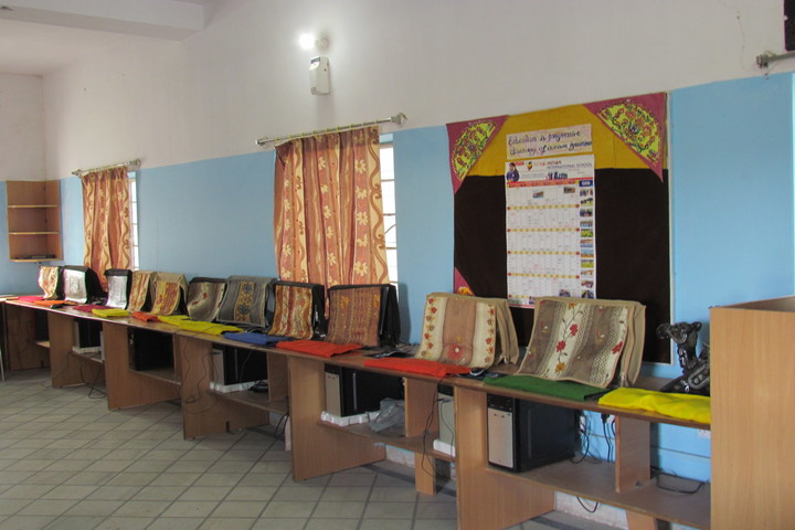 Global Indian International School-Computer Lab