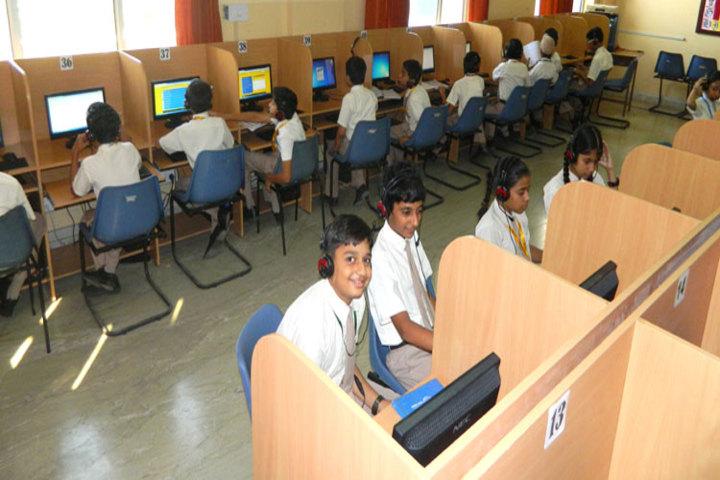 Global Public School-Computer lab
