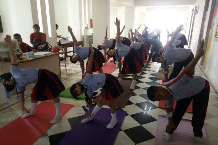 Golden Era Academy-Yoga