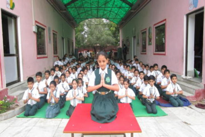 Green Valley Public School-Yoga class