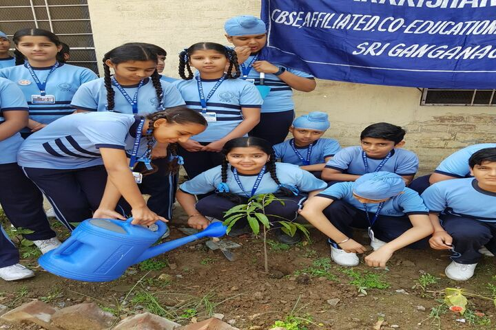 Guru Harkrishan Public School-Plantation Activity