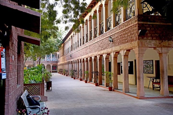 Happy Hours School-School Building