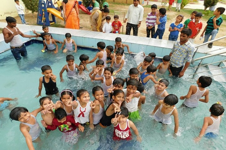 Holy Heights Convent School-Swimming pool