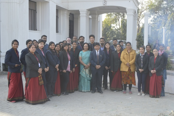 India Overseas School-Staff