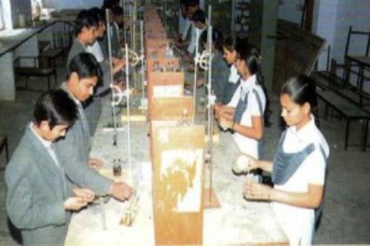 Jaipur International Public School-Science library