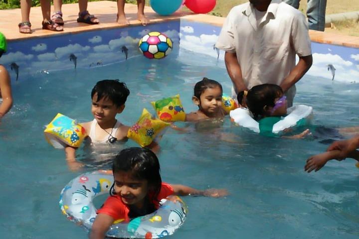 Jamna Vidyapeeth-Pool Splash