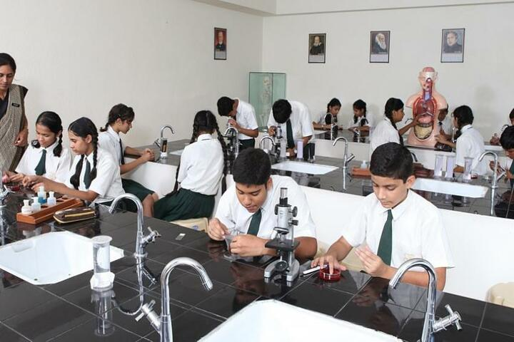 Jankidevi Public School-Biology Lab