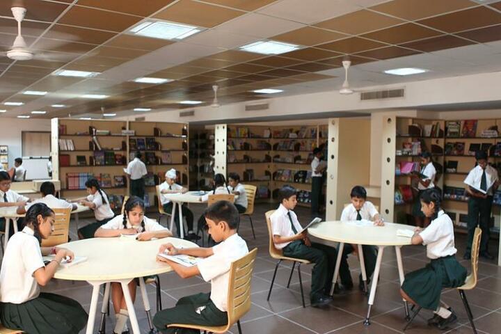 Jankidevi Public School-Library