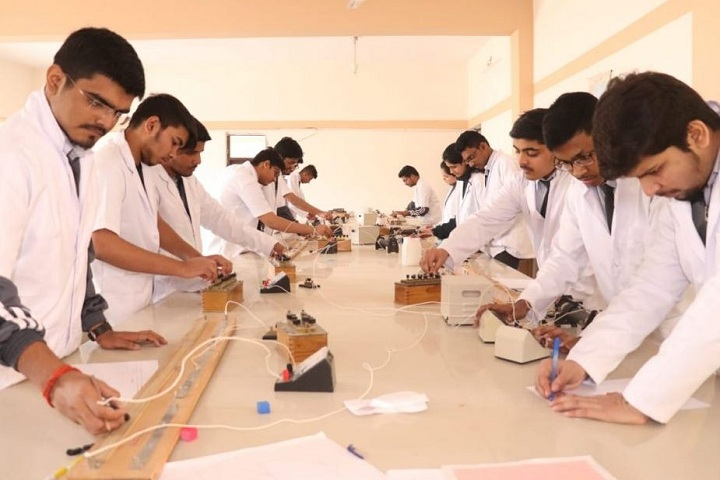 Kautilya Senior Secondary School-Electronics Lab