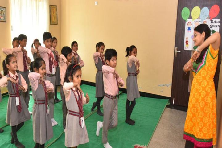 Kenbridge School-Dance room