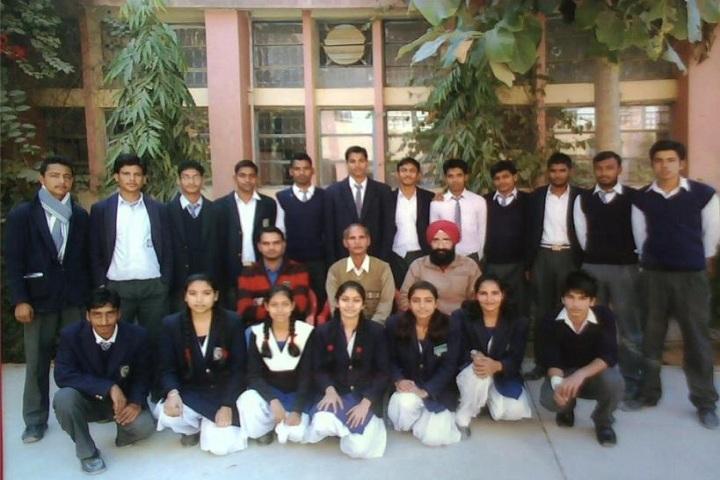 KENDRIYA VIDYALAYA-Students and Faculty
