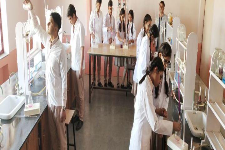 Lakshmipat Singhania Academy-Science Lab