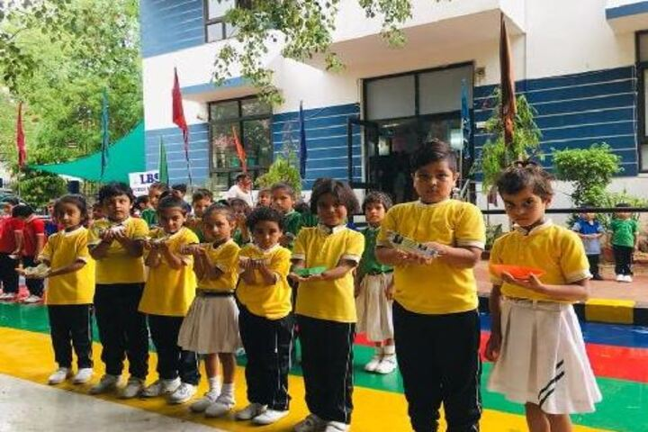 Lbs Public School-Kids
