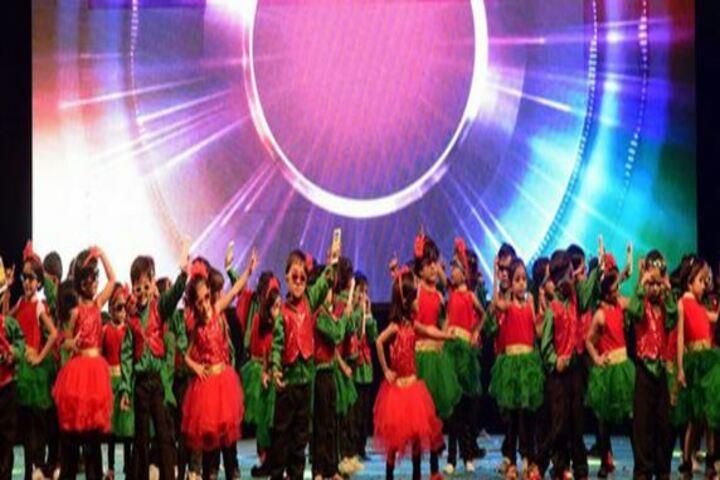 Leo International School-Dance