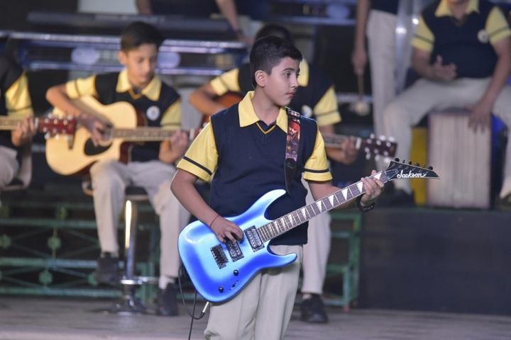 Lucky International School-Music