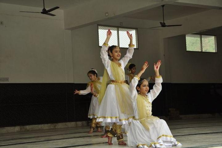 M D S Public School-Cultural Dance
