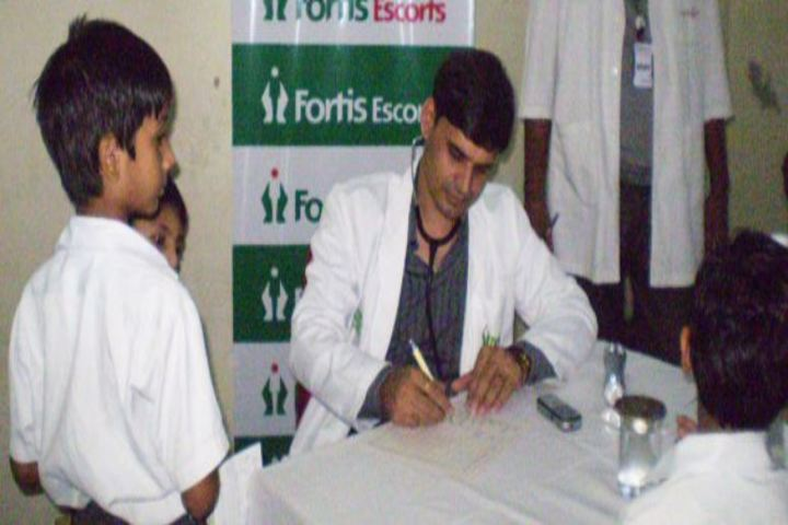 Maharaja Sawai Bhawani Singh School-Medical Checkup