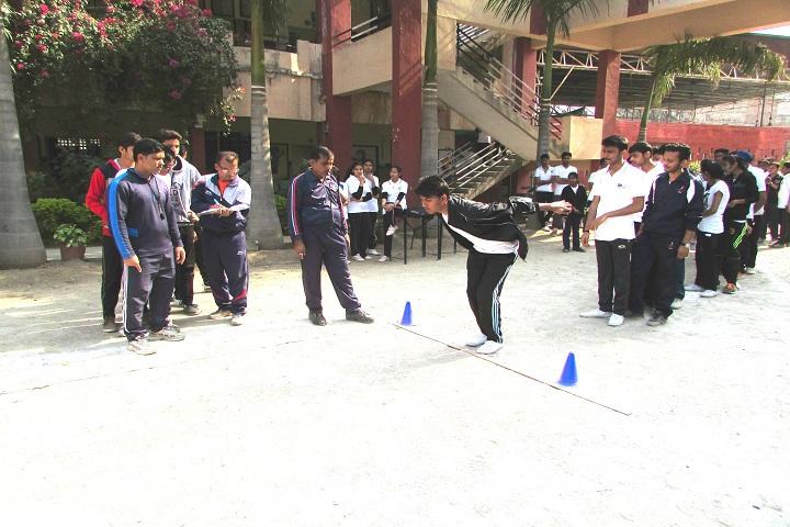 Mahaveer Public School-Games