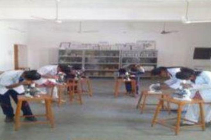 Mahila Ashram Public School-Bio Lab
