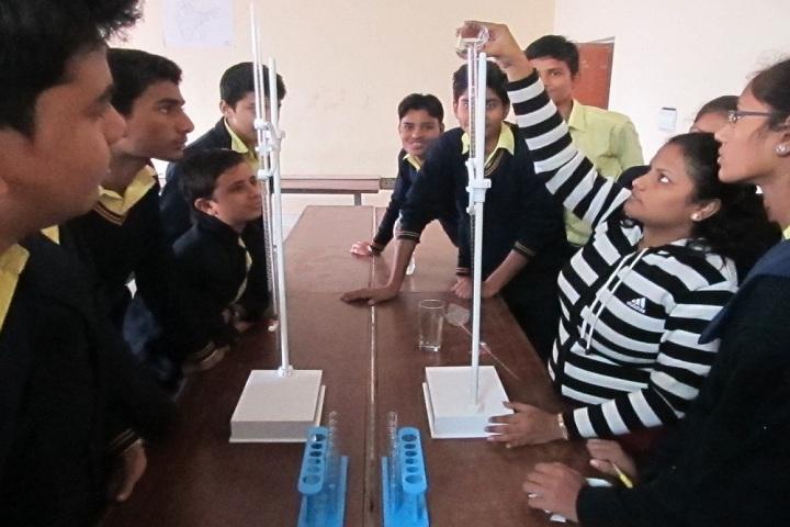 Manav Bharti Madhmik Vidyalaya-Science activity