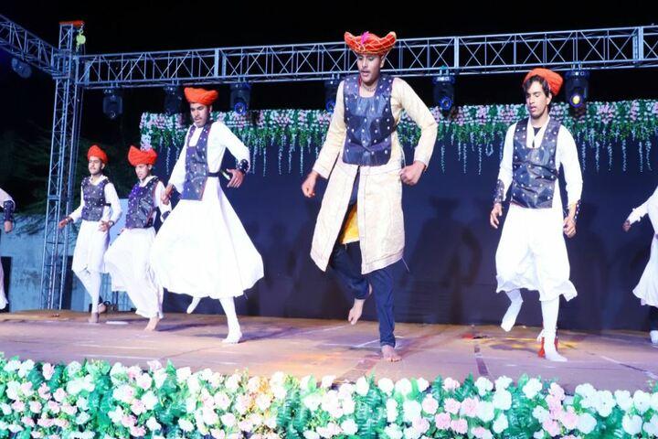 Mascot The School-Cultural Dance