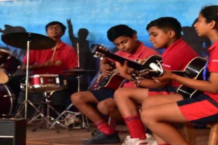 Mayoor Chopasni School-Music