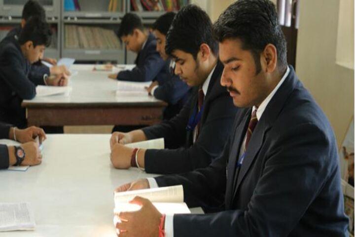 Mayoor Chopasni School-Library