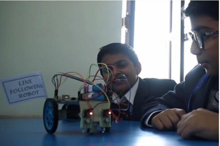 Mayoor Chopasni School-Robotic Lab