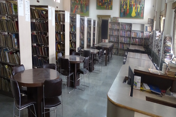 Mayoor School-Library