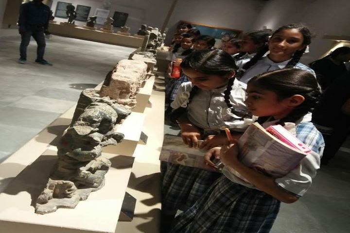 Modern School-Museum