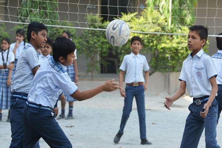 Modern School-Outdoor Game