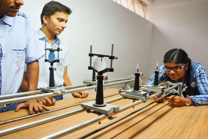 Modern School-Science Lab