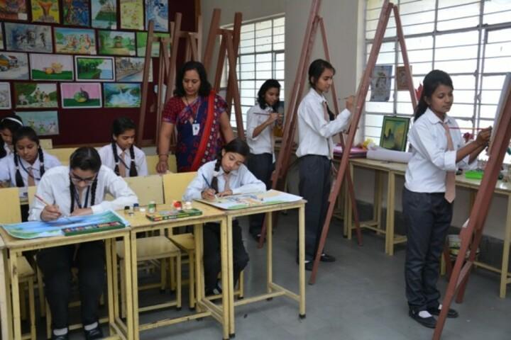 Modi Public School-Art