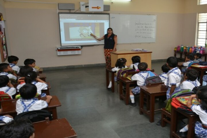 Modi Public School-Smart Classroom