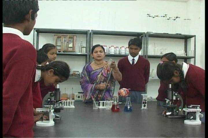 Padmawati Convent School-Bio Lab