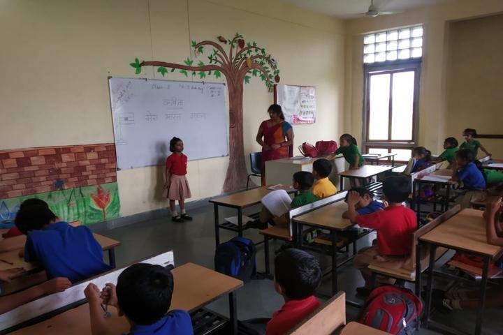 Pallavan Uchatar Prathmik Vidyalaya-Classroom