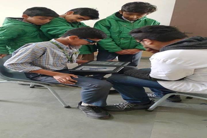Paramlakshya World School-Health Checkup