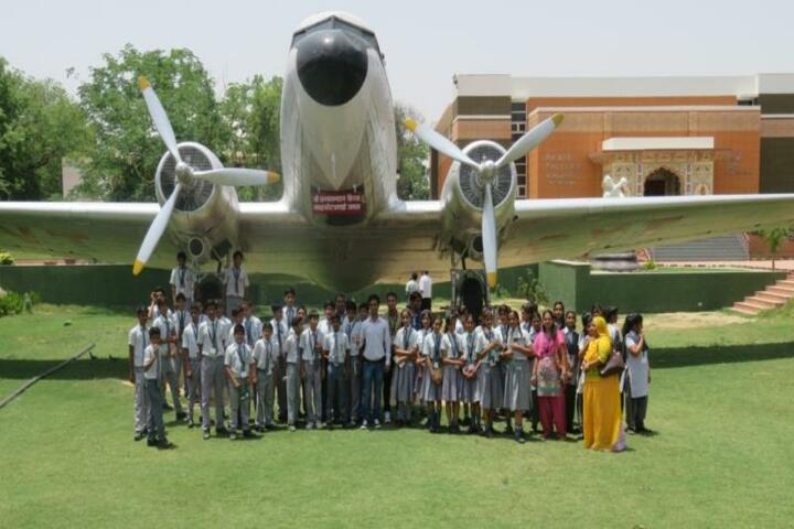 Pooja International Academy-Educational tour
