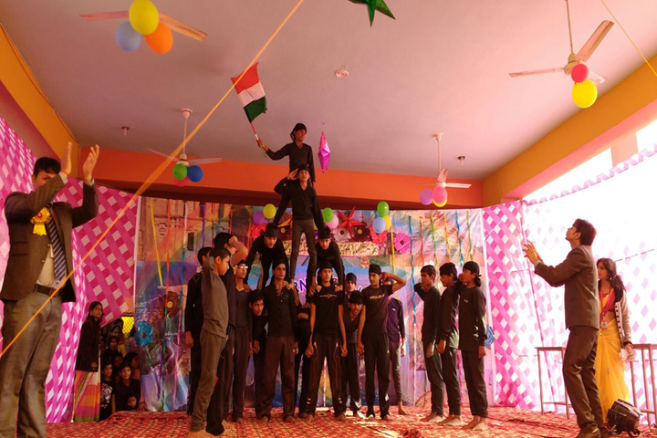 Pt Parsadi Lal International School-Independence Day